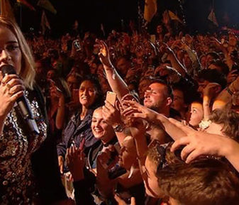 Adele – Glastonbury 2016